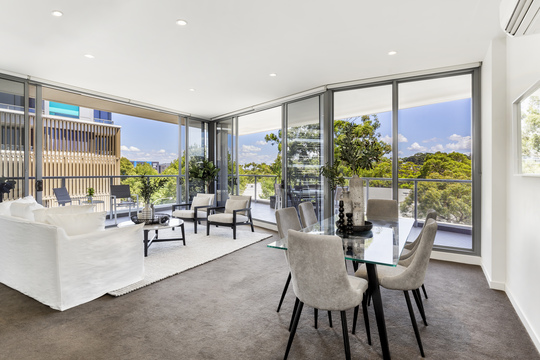 22/834 Bourke Street, Apartment by Darren Davis | Soho Real Estate Australia