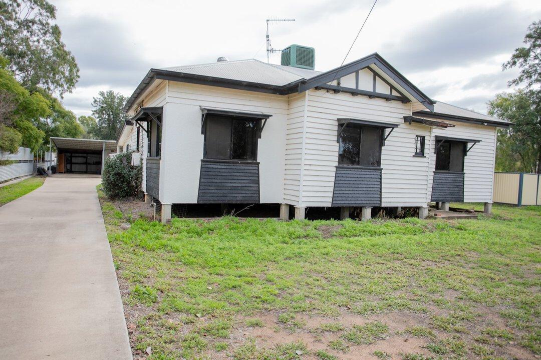 Image of property at 3 Gormleys Road, Chinchilla QLD 4413