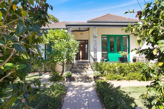 Image of property at 10 Toxteth Road, Glebe NSW 2037