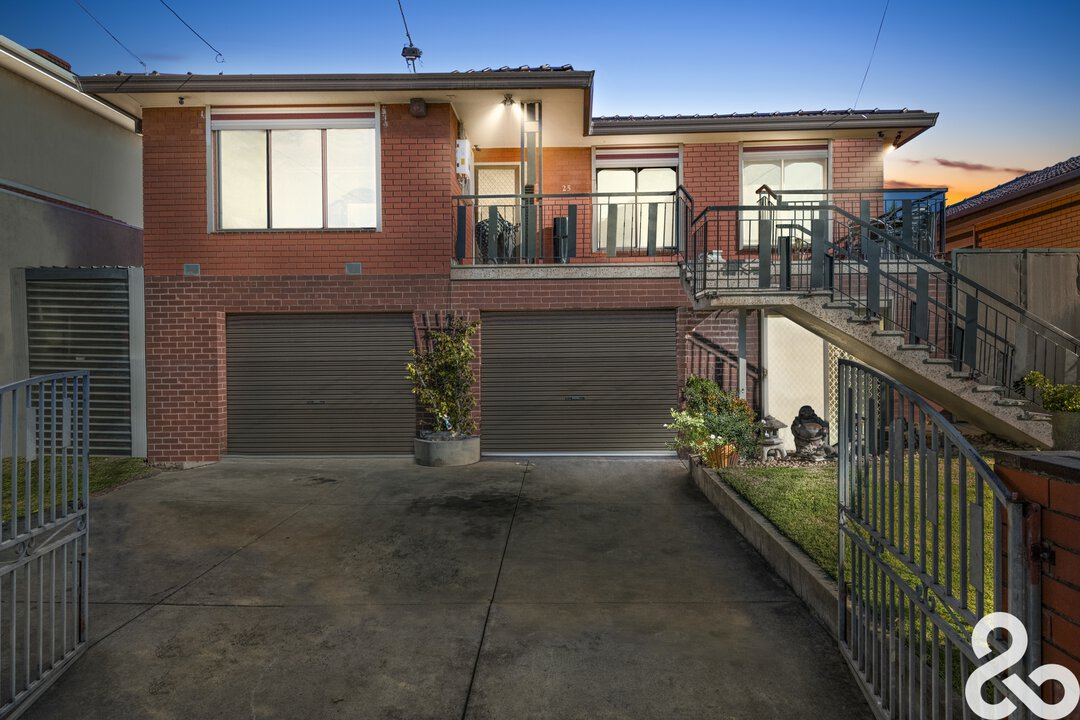 Image of property at 25 Ardoch Avenue, Thomastown VIC 3074