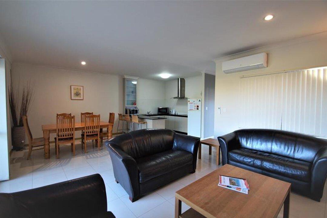 Image of property at 23/11 Heaton Street, Jurien Bay WA 6516