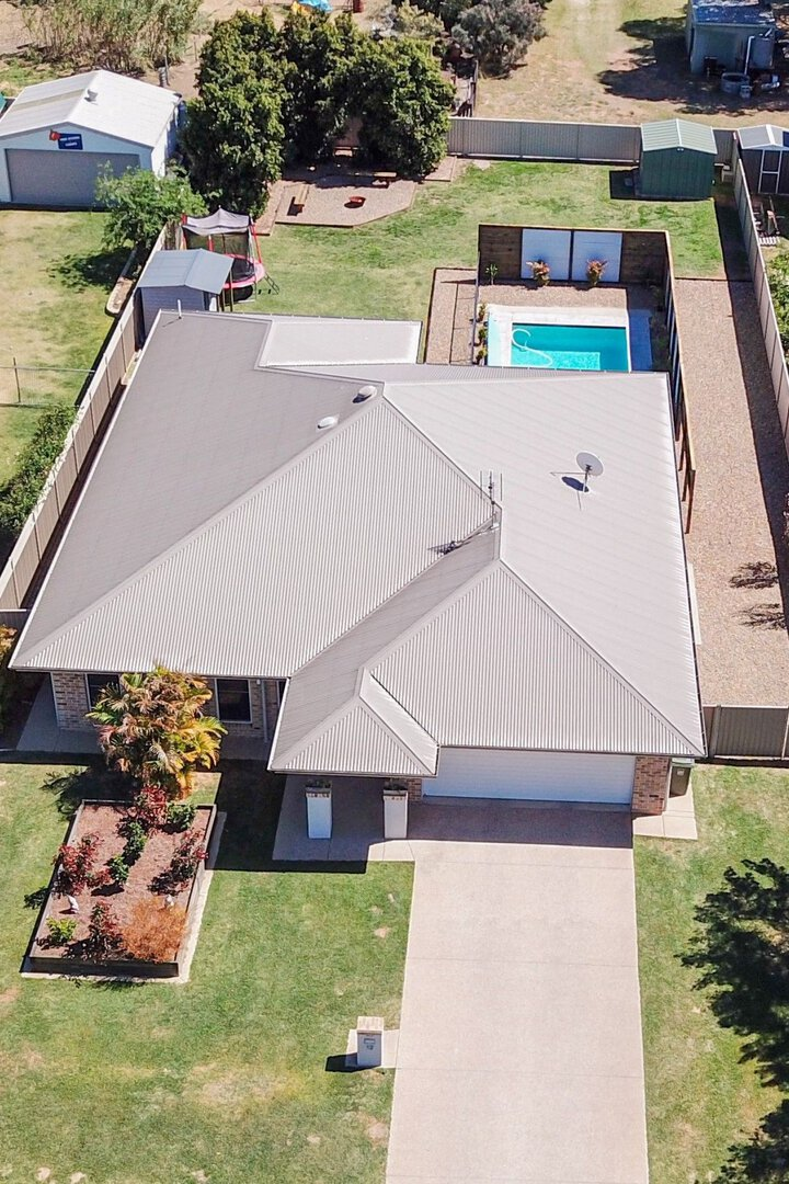 Image of property at 12 Parker Place, Chinchilla QLD 4413