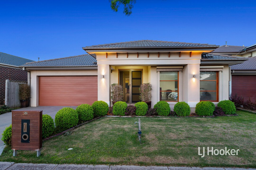 Image of property at 28 Shiraz Crescent, Point Cook VIC 3030