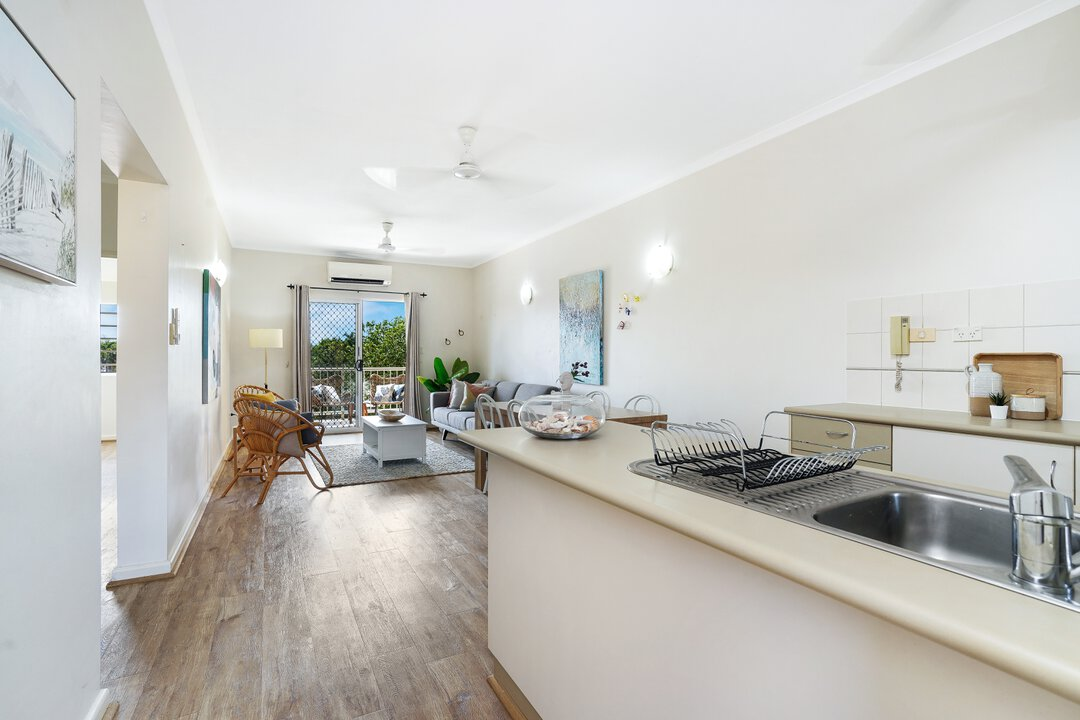 Image of property at 4/17 Sunset Drive, Coconut Grove NT 0810