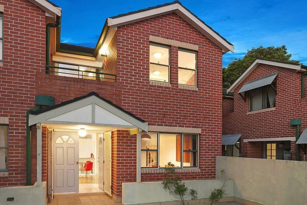 Image of property at 4/32 Cecil Street, Ashfield NSW 2131